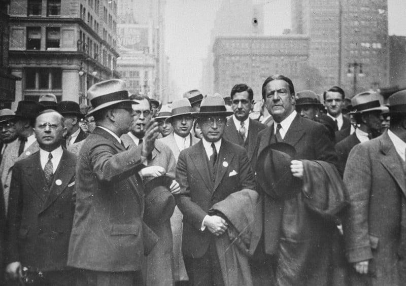 1945-1947 Le peuple américain hostile à l'arrivée des Juifs.