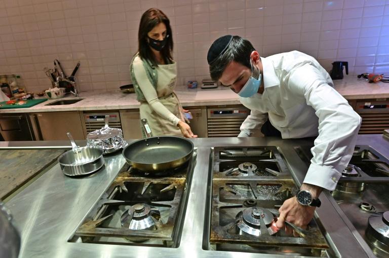 restauration casher et cinq étoiles à Dubaï