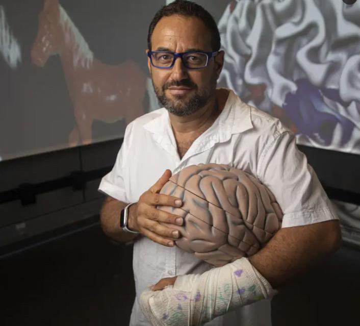 Le scientifique israélien qui tente de pirater le cerveau pour créer des super sens