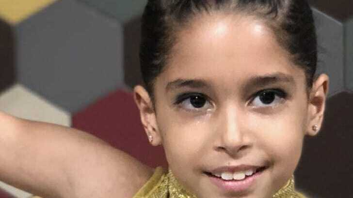 En Israël, à l'hôpital Schneider, Mary Lévy subit des tests d'allergies et devient infirme