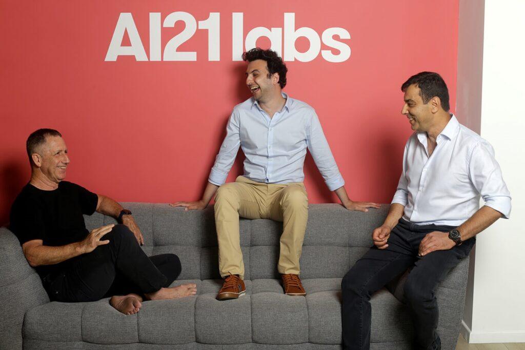 Les fondateurs d'AI21 Labs (de gauche à droite: Yoav Shoham, Ori Goshen, Amnon Shashua.) Avec l'aimable autorisation.