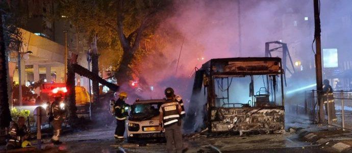 Israël sous le feu des tirs des roquettes du Hamas