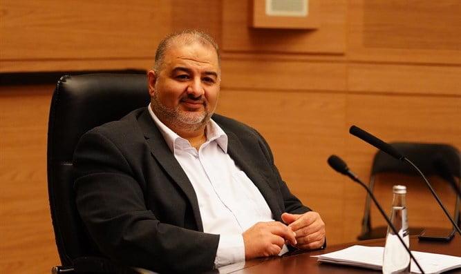 Israël: un discours en arabe à la Knesset où il promet la restitution des terres à son peuple