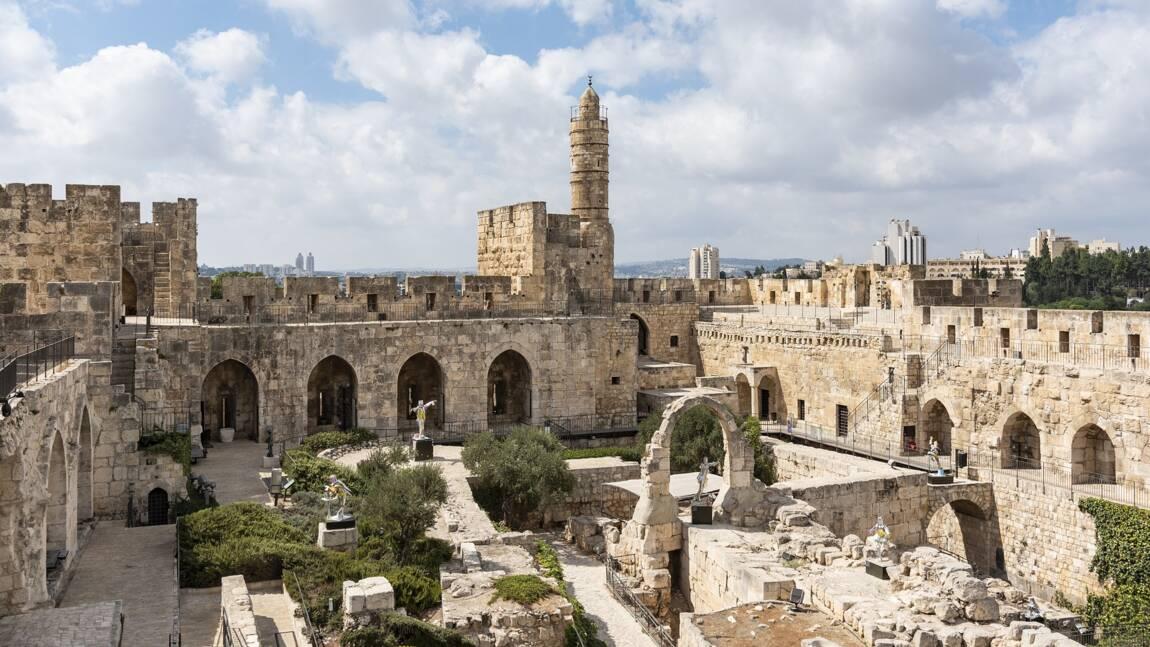 Alors que leur religion leur interdisait de manger du porc, il semblerait que certains Juifs en mangeaient il y a de cela près de 3 000 ans.