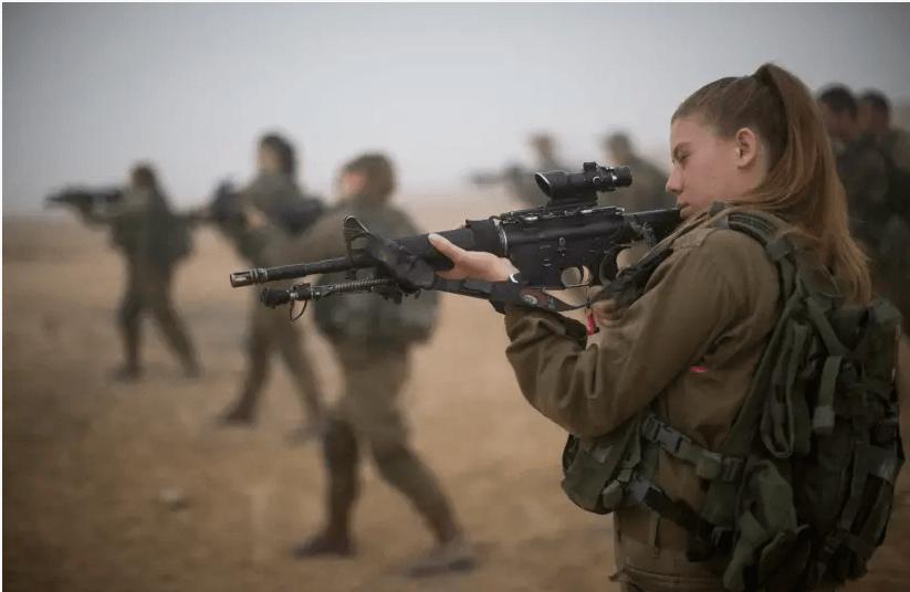 Israël: les femmes se blessent dix fois plus que les hommes dans les unités de combat