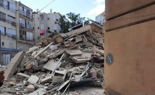 Miracle en Israël: effondrement d'un immeuble à Holon en Israël aucune victime -vidéo-
