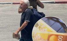 ls distribuent des billets de banque aux soldats d'Israël dans le sud du pays