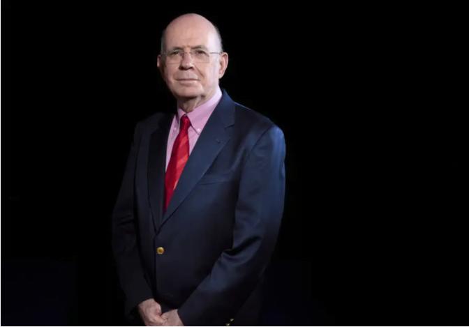 Le professeur Eliezer Rabinovici CERN