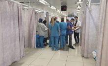 Un service au centre médical Hillel Yaffe, le 14 octobre 2021, alors que le personnel essaie de se débrouiller sans systèmes informatiques réguliers. (Courtoisie : Centre médical Hillel Yaffe)
