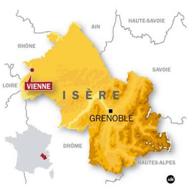 Достопримечательности вокруг Вьена: что посмотреть в округе, достопримечательности департамента Изер, окрестности Вьена, поездки из Вьена, Франция достопримечательности на карте, департамент Изер, регион Рона-Альпы, окрестности Лиона, окрестности Гренобля, вокруг Лиона, вокруг Гренобля, Агюй, Mont Aiguille, парк Walibi, Савойские Альпы, Савойя, достопримечательности, что посмотреть, куда съездить, парки, для детей