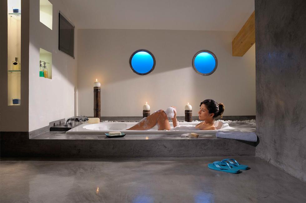 les b tons cir s s invitent dans votre salle de bains alliance le premier magazine de la. Black Bedroom Furniture Sets. Home Design Ideas