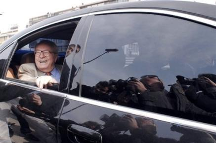 Jean marie le pen met en vente sa voiture blind e sur for Garage citroen les angles 30