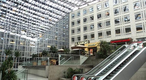 Elys e 2 v lizy 2 parly 2 pourquoi tant de centres for Centre commercial porte d italie