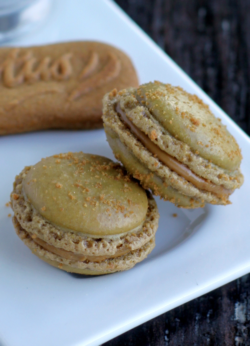 Recette Casher,Desserts : Macarons aux speculoos