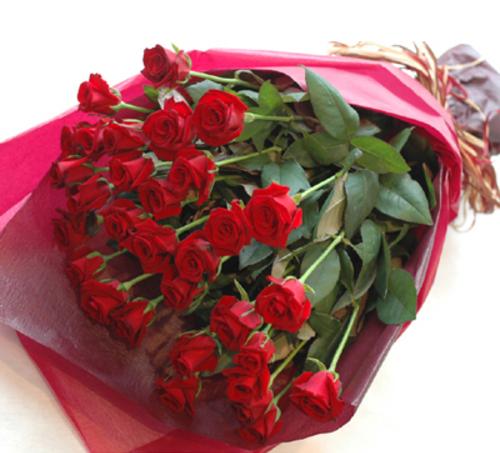 Célèbre Saint Valentin : Découvrez l'histoire du plus romantique des  EK27